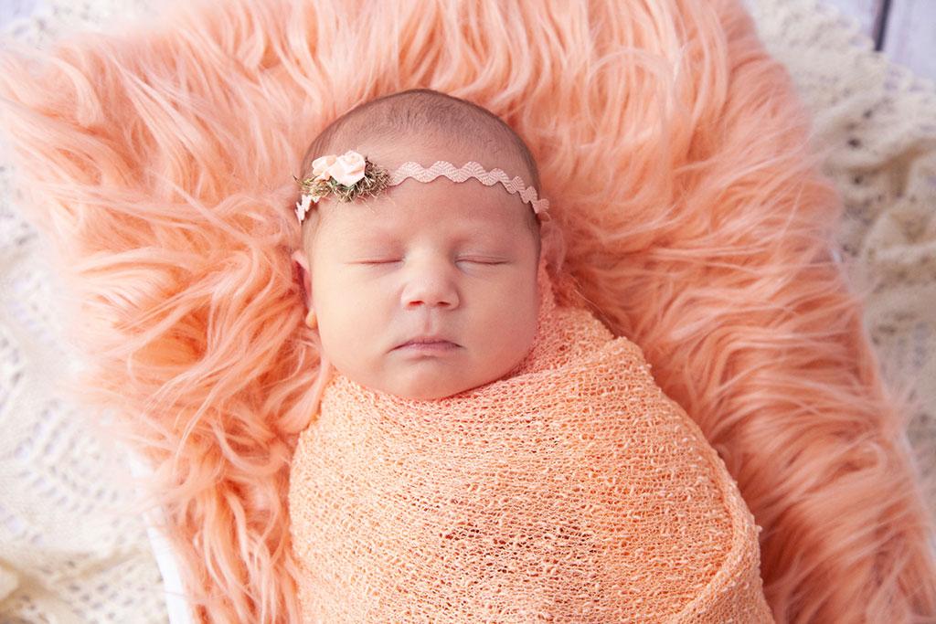 Carina Rosen Fotografin Lohmar Neugeborenenfotografie Neugeborene Overath und Rösrath