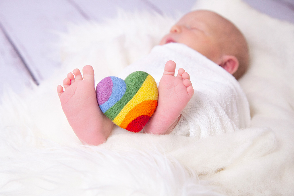 Regenbogenbaby-Lohmar-Köln-Schwangerschaft-FotografinLohmar-FotografinKöln-Body-Dessous