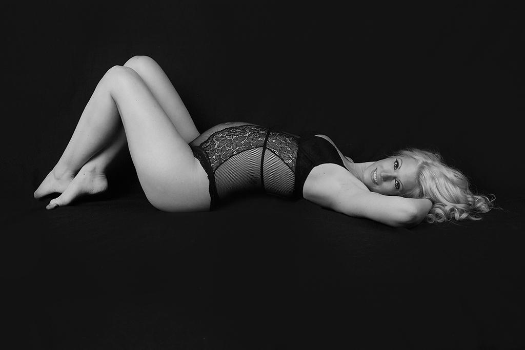 Carina-Rosen-Fotografin-Lohmar-Babybauch-Schwangerschaft-Babybauchfotografie-Schwangerschaftsfotografie-05